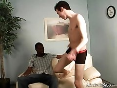 Submissive white twink goes black