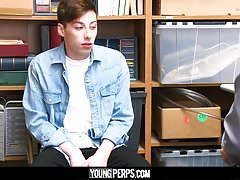YoungPerps - Dumb twink criminal blows a hung cop