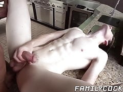 Muscled stepdad deepthroats horny twink before raw banging