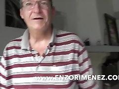 Enzo RIMENEZ baisé bareback par un gitna hetero